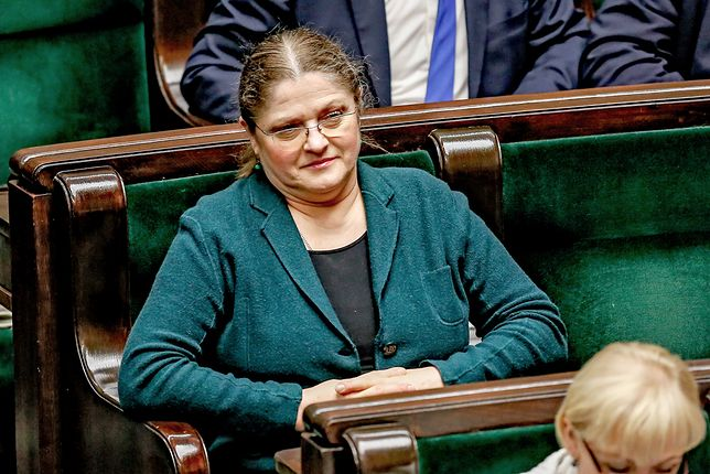 """Krystyna Pawłowicz wysyła sędziów SN """"na emeryturę"""". A sama wciąż pracuje"""