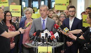 ZNP zdecydowało o zawieszeniu strajku nauczycieli
