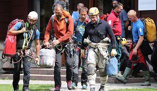 Trwa piąta doba akcji ratunkowej w Tatrach w jaskini Wielkiej Śnieżnej