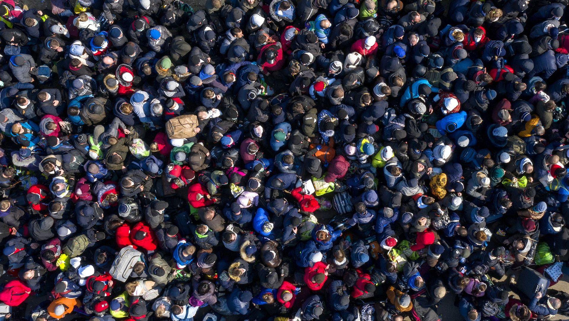 Ukraińcy stłoczeni na przejściu w Korczowej
