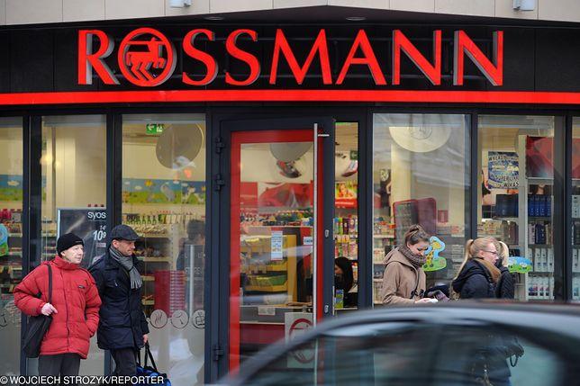 Salmonella w czekoladach z Rossmanna. Sieć prosi o zwrot produktów