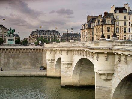 Sztuka, croissanty i czarny kot, czyli kulturalny weekend w Paryżu