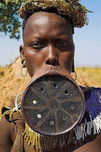 etiopia, plenię mursi