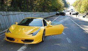 Samochody biorące udział w wypadku, w którym zginął 57-letni Słowak kierujący Skodą.