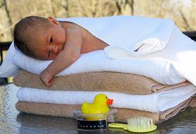 Podstawowe zasady, które powinnaś poznać przed pierwszą kąpielą dziecka