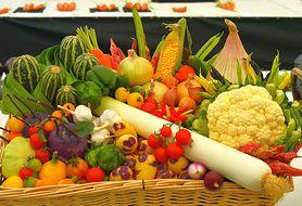 Czy wiesz, że niektórych warzyw powinnaś unikać, kiedy karmisz maluszka?