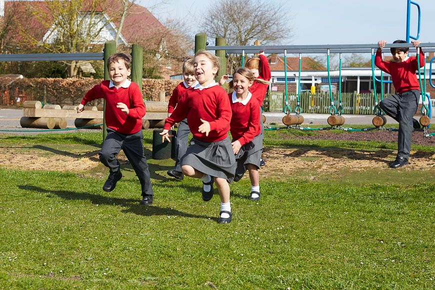 Koszty wyprawki szkolnej dla dziecka wzrastają wraz z jego wiekiem