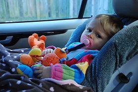 Podróż samochodem z dzieckiem może być męcząca i nudna