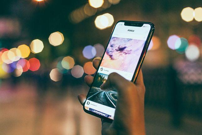 Jak płacić zbliżeniowo smartfonem?