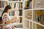 MEN: uczniowie mogą korzystać z używanych podręczników