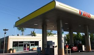 stacja benzynowa,stacja paliw,lotos,lotos optima