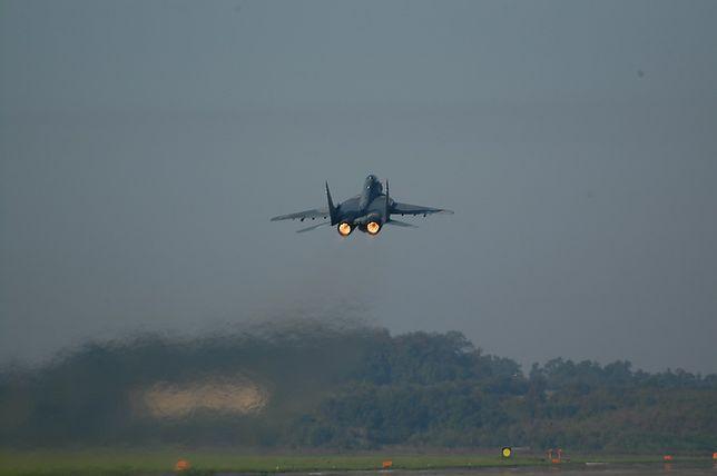 W okolicach Mińska Mazowieckiego zaginął polski MiG-29