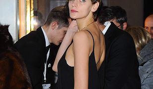 Modelka pojawiła się w odważnej stylizacji