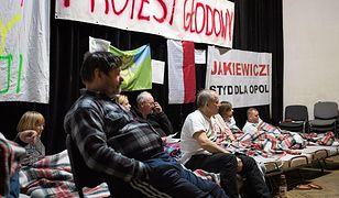 Trwa strajk głodowy w Dobrzeniu Wielkim