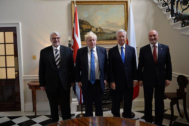 Antoni Macierewicz w Londynie rozmawia o polsko-brytyjskim traktacie