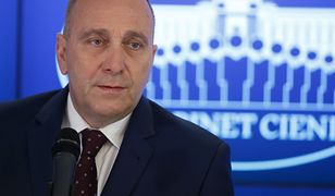 """Leszczyński: """"Schetyna przytula, a potem zjada koalicjantów. Teraz kolej na Biedronia"""" (Opinia)"""