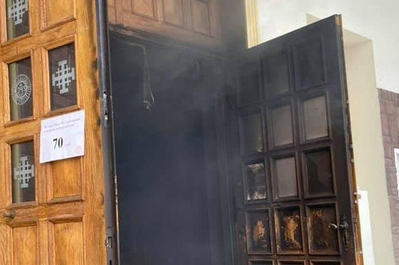 """Ktoś podpalił kościół w Lublinie? """"Skrajny akt chrystianofobii"""""""