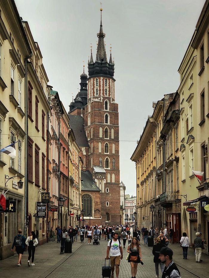 Sekretne i tajemnicze miejsca w Krakowie. Co warto zobaczyć w majówkę?