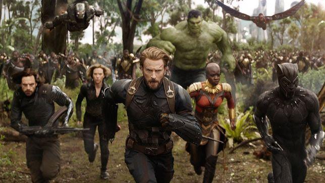 """Rycerze Jedi ustąpili miejsca superbohaterom. """"Avengers: Wojna bez granic"""" pobiła rekord wszech czasów"""