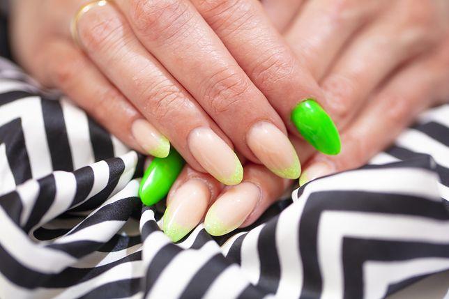 Trendy paznokcie są przede wszystkim bardzo barwne i nietuzinkowe.