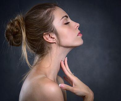 Jakie składniki zawiera emulsja micelarna do twarzy i do jakiej cery się ją stosuje?