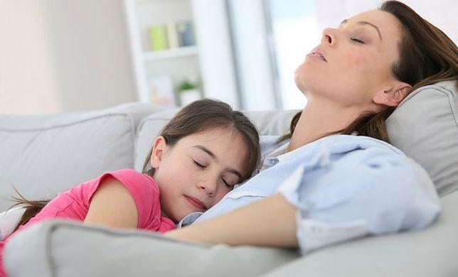 Samotne matki - jak sobie radzą?