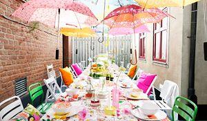 Dekoracja stołu na letnie przyjęcie w ogrodzie. Wypróbowane przepisy
