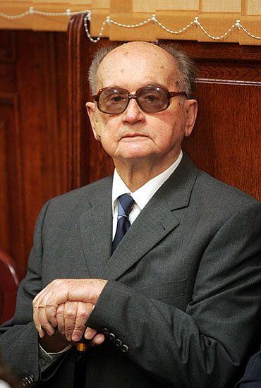 B. wiceszef MON: stan wojenny nie był przestępstwem