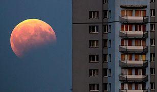 """""""Krwawy Księżyc"""" będzie można podziwiać przez prawie dwie godziny."""