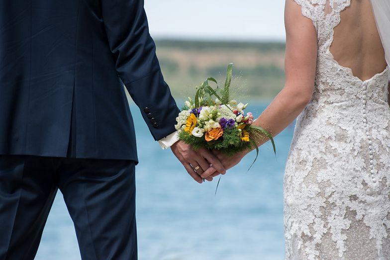 Nowe wytyczne na wesela w Polsce. Dziadka i babci nie zaprosisz