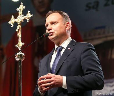 Prezydent Andrzej Duda w ciągu dwóch miesięcy trzykrotnie ogłaszał żałobę narodową.