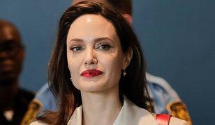 Angelina Jolie i Brad Pitt teoretycznie nie są jeszcze po rozwodzie.