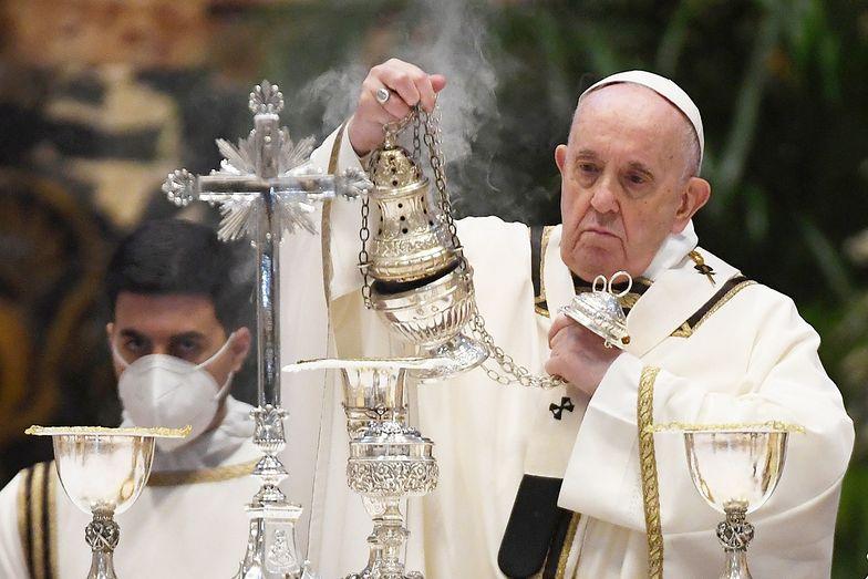 """""""Nieludzki czyn"""" przed szkołą. Papież Franciszek wstrząśnięty"""