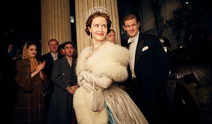 """Claire Foy  zdobyła statuetkę za rolę królowej Elżbiety w """"The Crown"""" Netfliksa"""