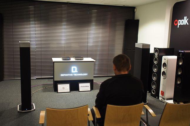 Bipolarne kolumny Definitive Technology BP9080 zaskakują potężnym, przestrzennym dźwiękiem