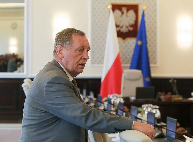 Minister Jan Szyszko potępi atak na operatora Polsatu?