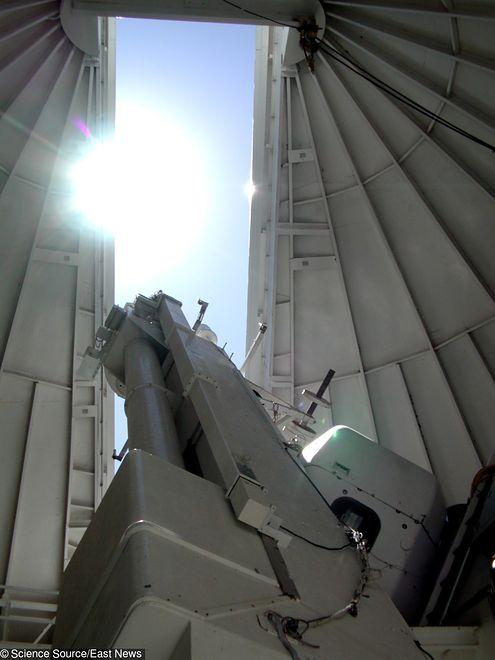 Astronomowie z Sunspot Solar Observatory badają Słońce