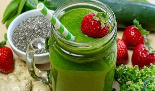 Zielona koktajle cieszę się niesłabnącą popularnością nie tylko wśród osób chcących schudnąć