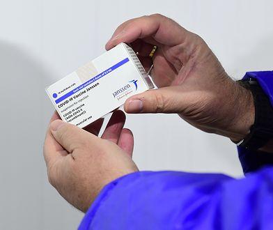Zwrot ws. szczepionek AstraZeneca i Johnson&Johnson. Media: nieoczekiwana decyzja KE