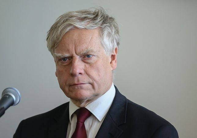 Aleksander Bobko zarabiał niecałe 9 tys. zł