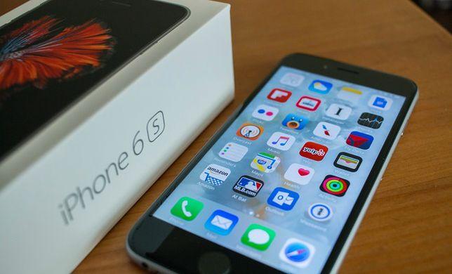 Ile Polak musi pracować na nowego iPhone'a? Jak wypadamy na tle reszty świata?