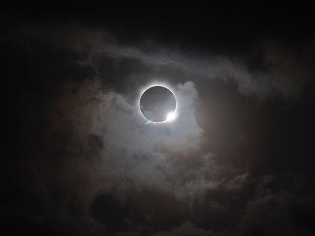 Całkowite zaćmienie Słońca już 21 sierpnia. Gdzie będzie można je zobaczyć? Interaktywna mapa pomoże to sprawdzić