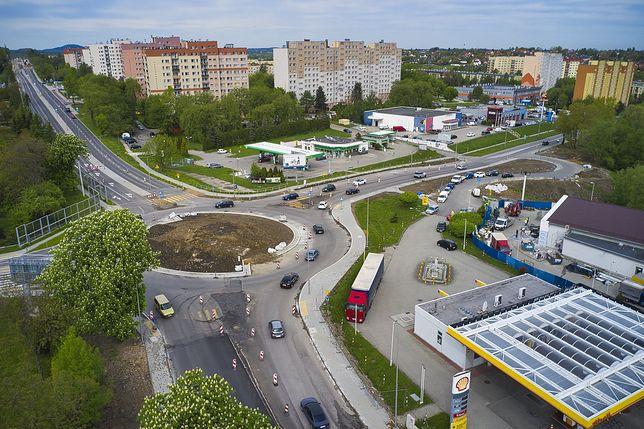 Śląskie. Na Rondzie Czesława Niemena w Bielsku-Białej obowiązuje tymczasowa organizacja ruchu - do 30 czerwca.