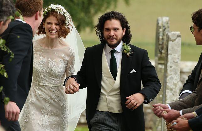 """Kit Harington i Rose Leslie wzięli ślub. Z """"Gry o tron"""" do ołtarza!"""