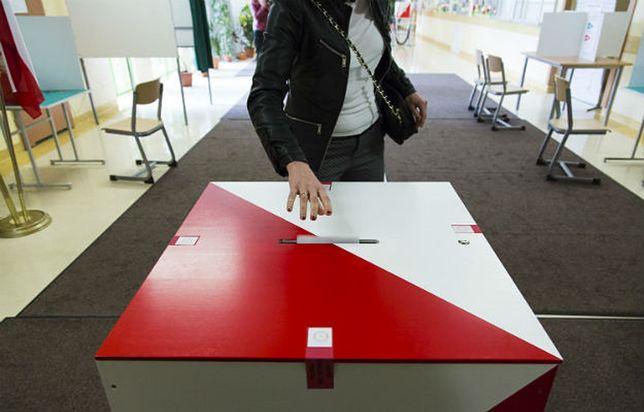 Wybory w Gdańsku potrwają do godz. 21