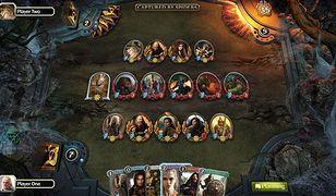The Lord of the Rings: Living Card Game to wirtualna adaptacja tradycyjnej gry karcianej