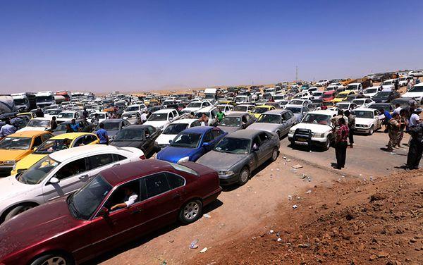 Irakijczycy uciekają z prowincji Niniwa