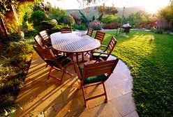 Drewniane, naturalne meble. Idealne do relaksu w ogrodzie