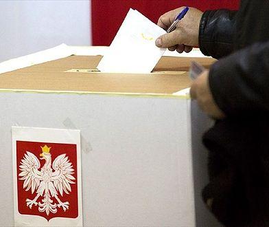 Zaświadczenie o prawie do głosowania. Urzędy będą czynne dłużej