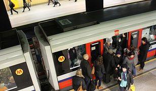 Warszawskie metro najbardziej przeludnione